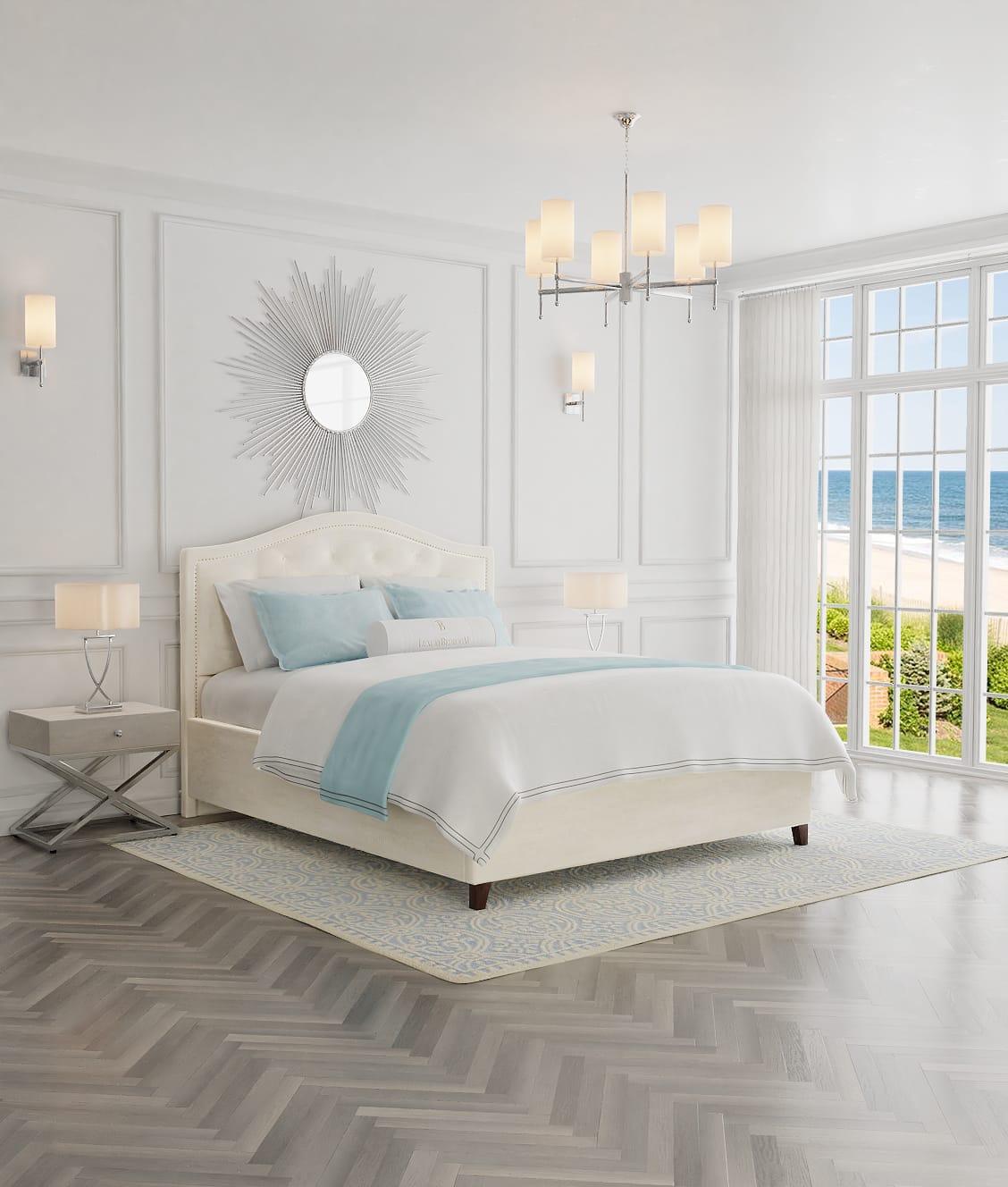 białe eleganckie łóżko w stylu New York