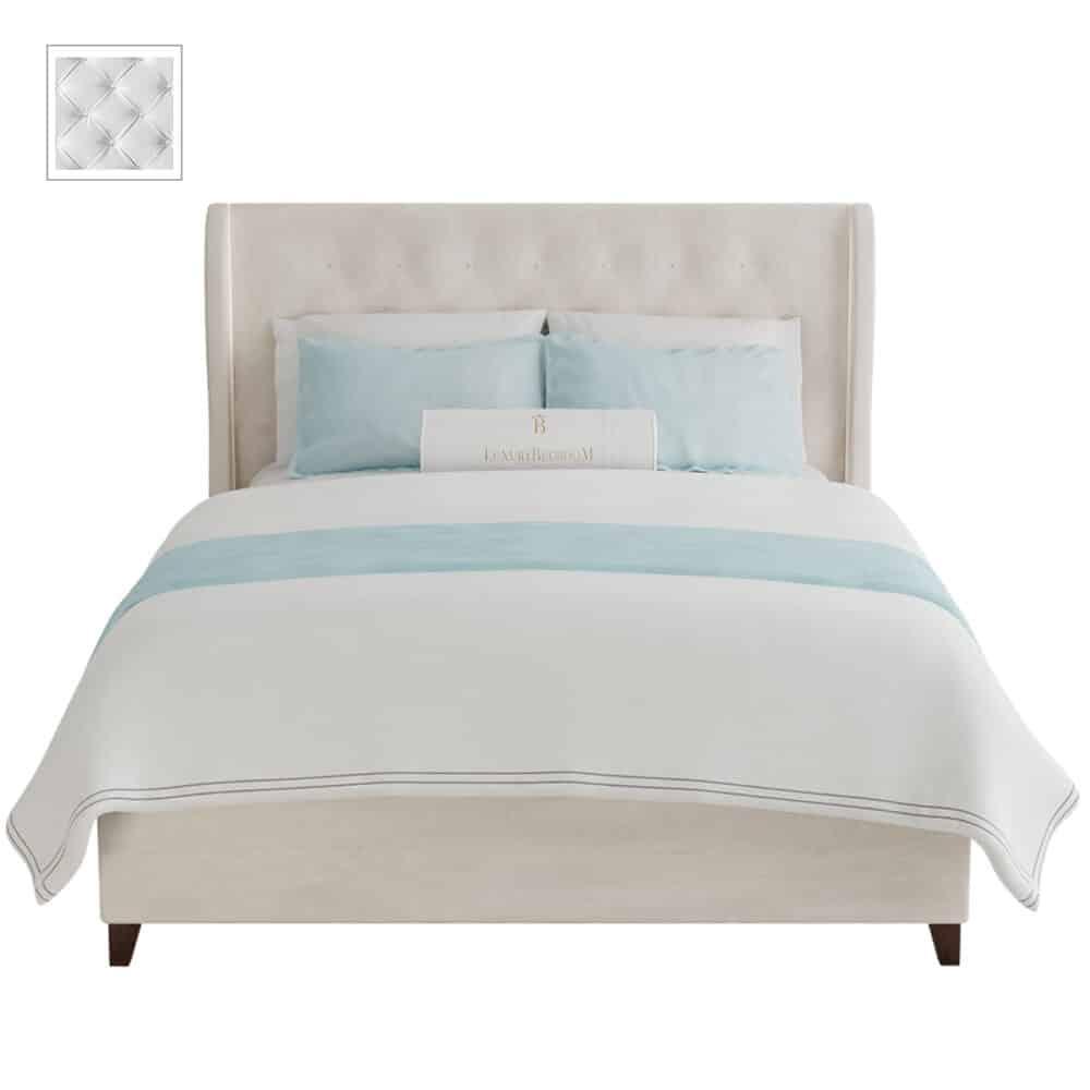 Łóżko tapicerowane z podwójnym wezgłowiem w stylu hampton